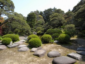 山本亭の日本庭園