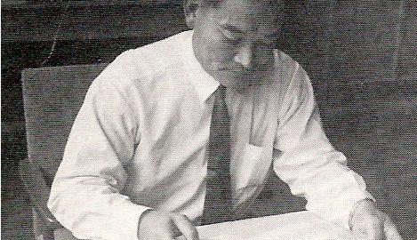 徳永先生学校執務